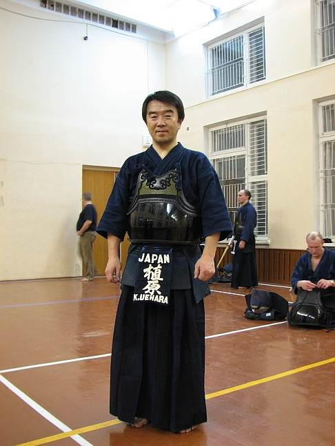 сенсей Кичиро Уехара